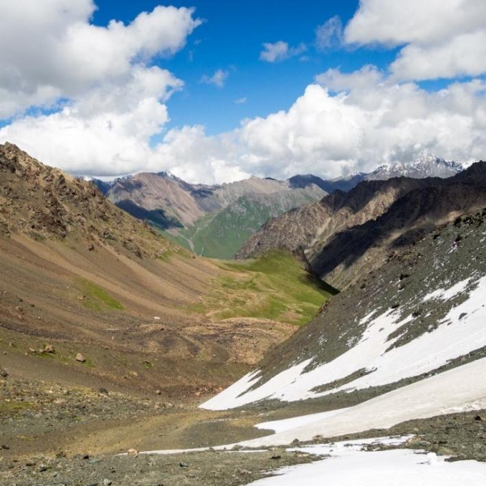 Kirgistan-trekking-niebiańskie-przełęcze-1-TripTrip