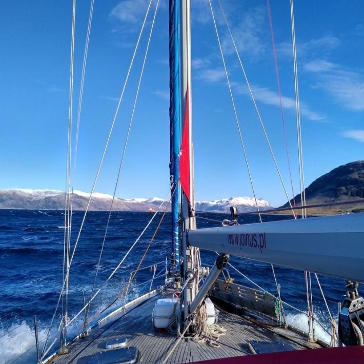 Zimowy-rejs-północna-Norwegia-Tromso-Senja-zorza-lofoty-1